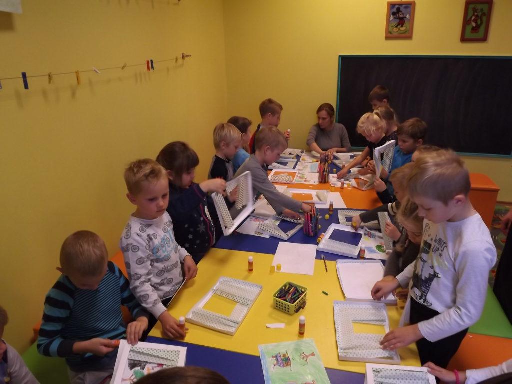 Teatrzyk dzieci z przedszkola