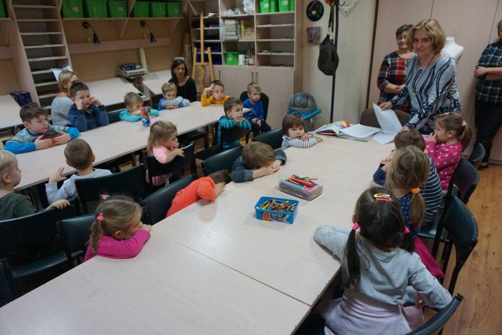 Przedszkolaki na zajęciach