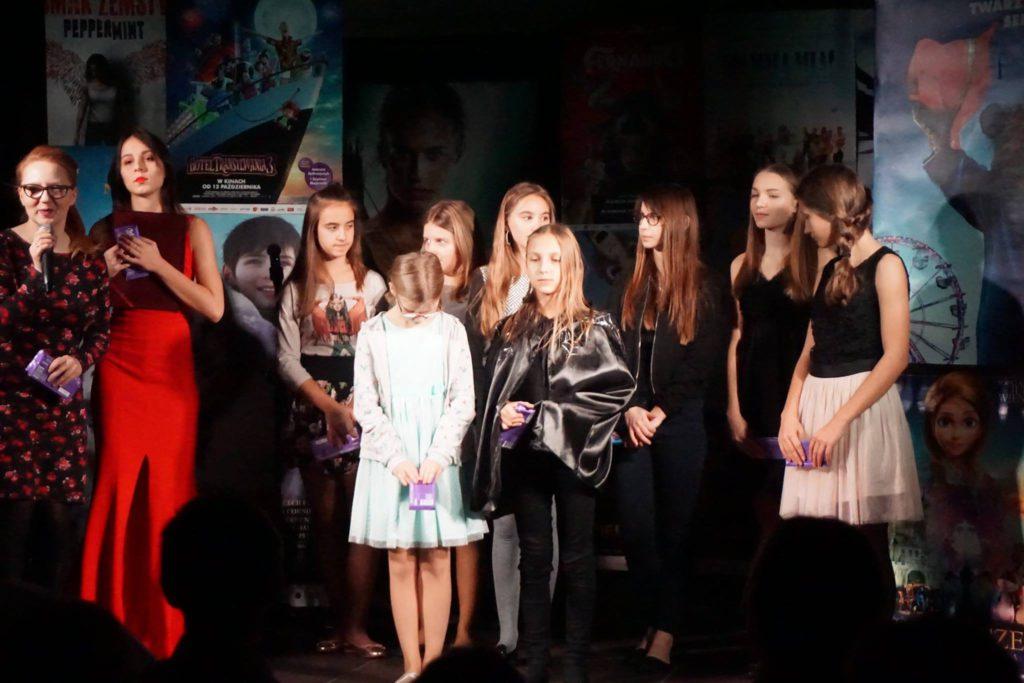 dzieci na koncercie