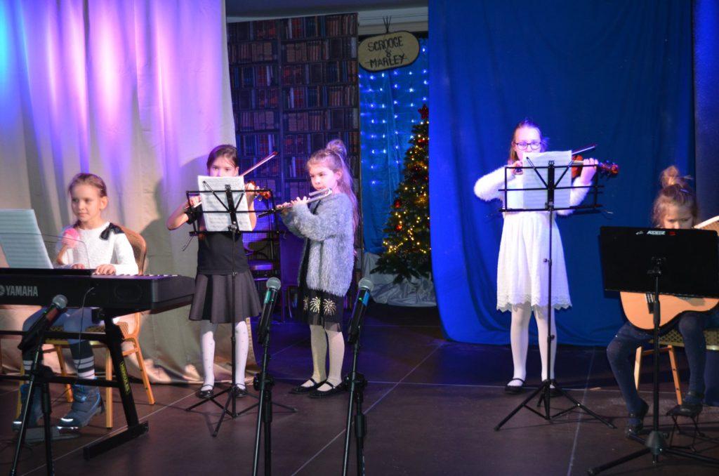 występ instrumentalny dzieci