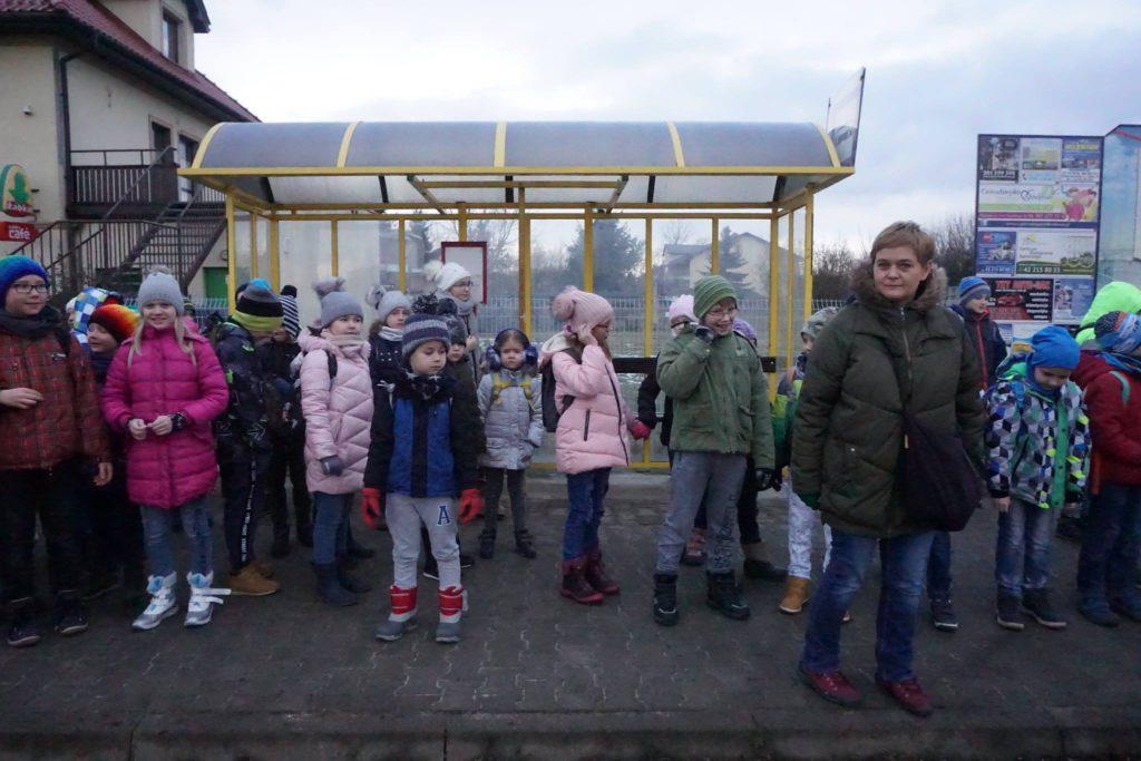czekamy na tramwaj