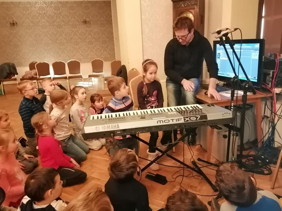 dzieci w trakcie ferii, studio nagrań
