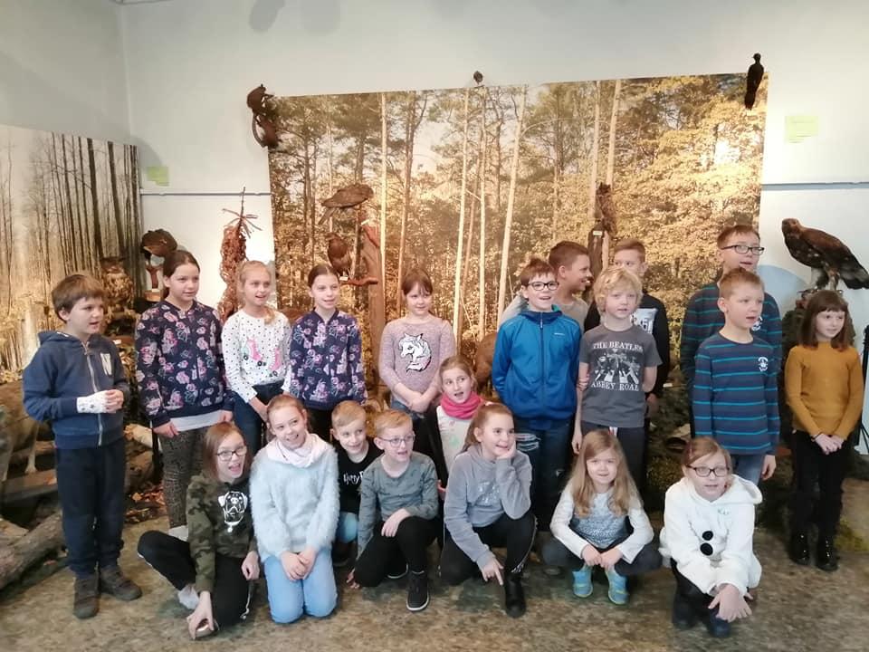 Uczestnicy ferii zimowych w Muzeum Miasta Pabianic
