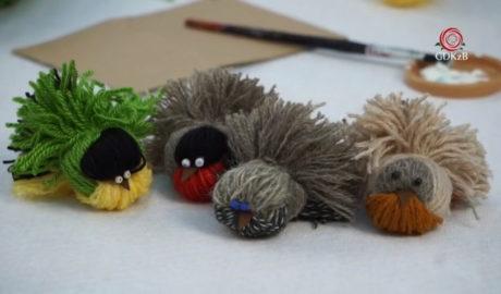 kolorowe ptaszi wykonane z włóćzki